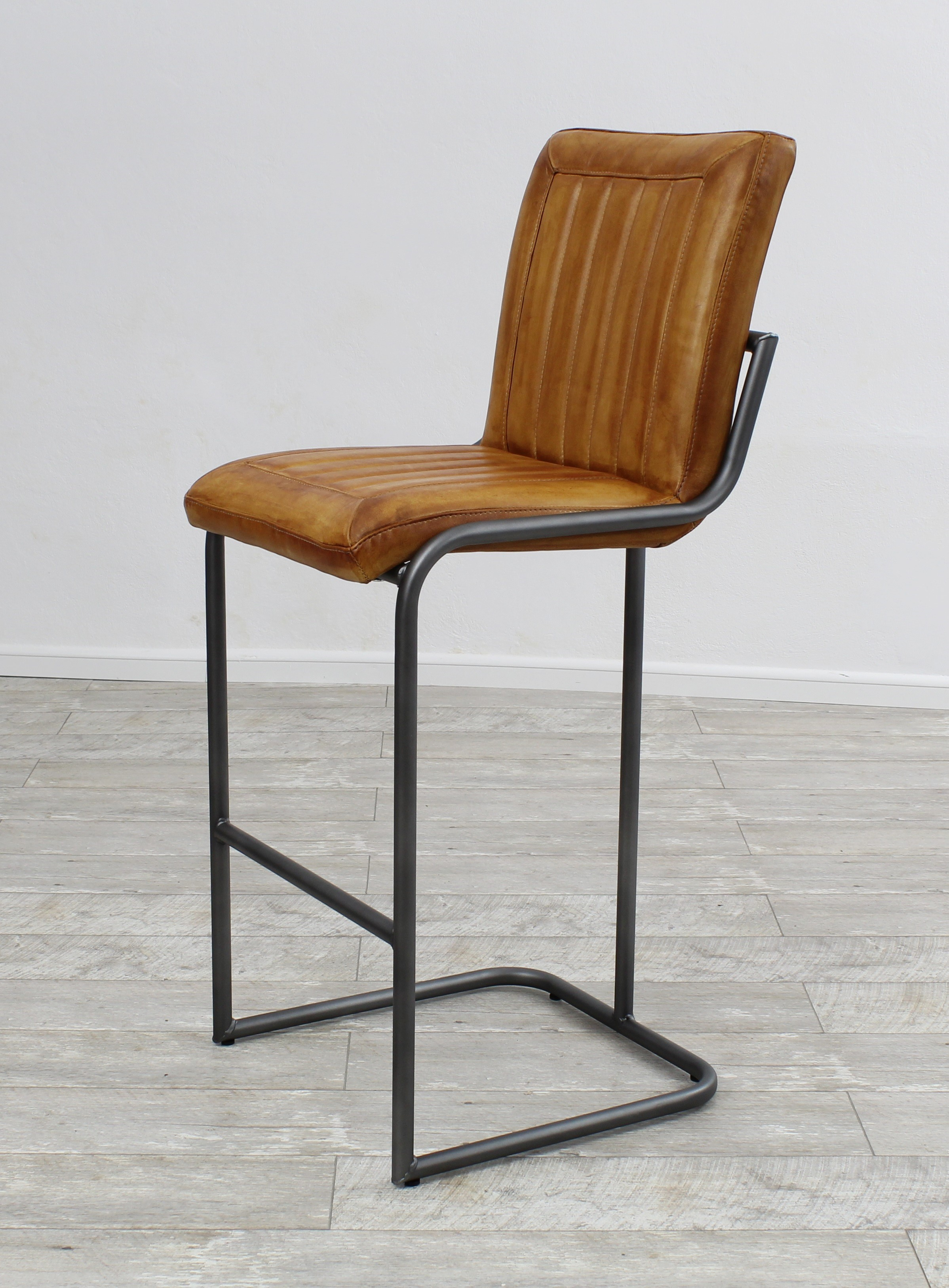 Aktiv Moebel De Barhocker Metall Fuss Designer Berlin 11 Echt Leder Vintage Industrielook Buffelleder